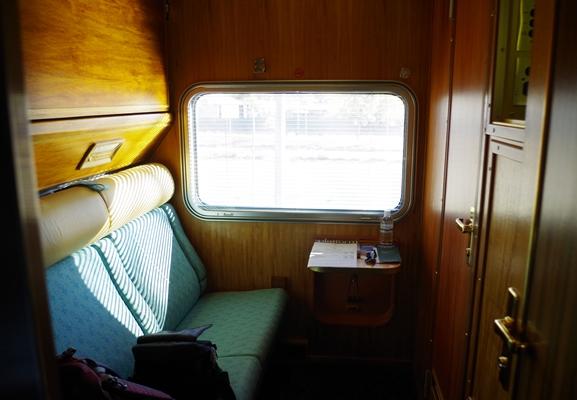 2013-03-24-cabin.JPG