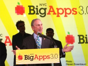 2013-03-25-20120421Bloomberg.BigApps3a300x224.jpg