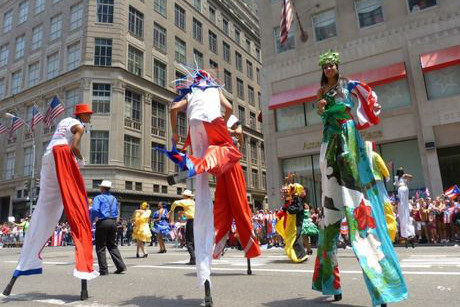 2013-04-01-nationalpuertoricandayparade_huffpost.jpeg