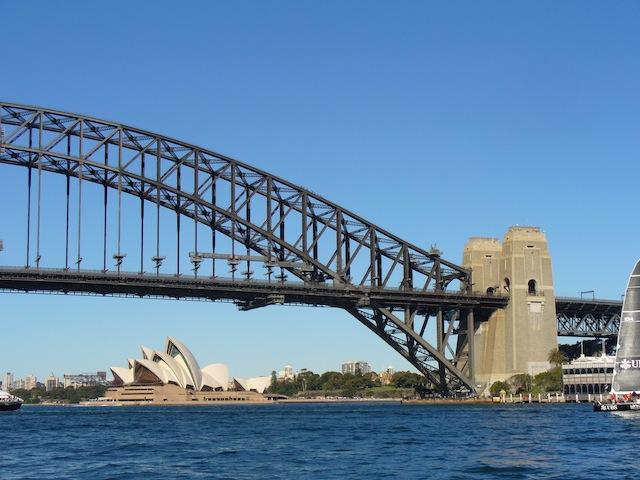 2013-04-02-australiasydneybridgeoperahouse.JPG