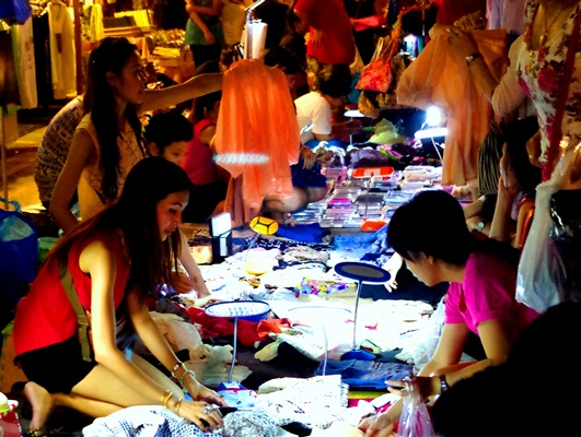 2013-04-05-ChatuchakMarket.JPG