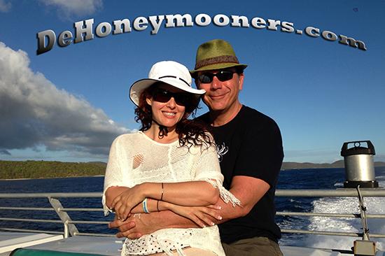 2013-04-06-DeHoneymoonersLOGOBOATHUFFPOversion.jpg