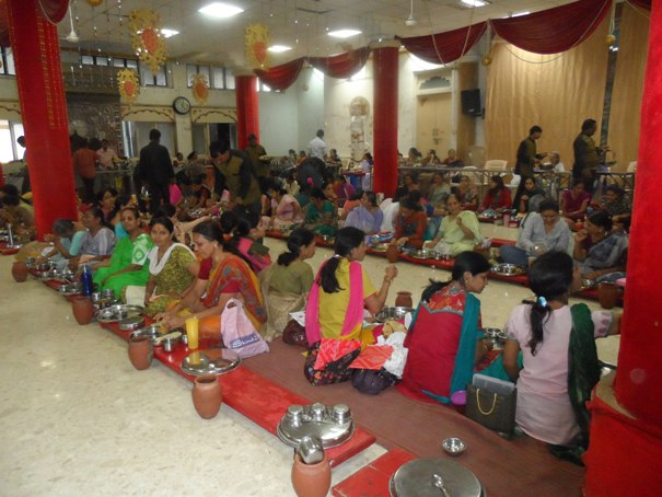 2013-04-08-JaintempleVegetarianfeast.JPG