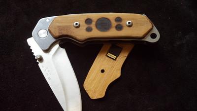 2013-04-09-EVR1knife.jpg