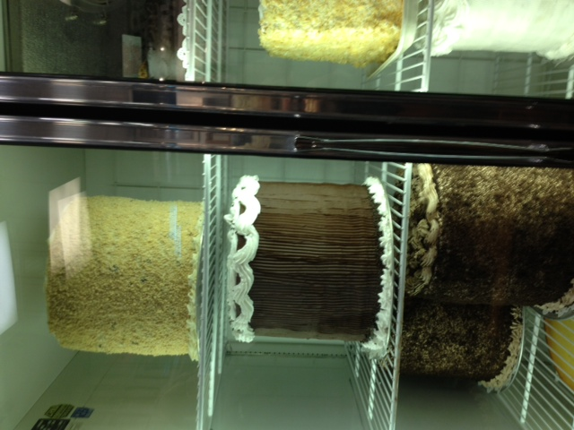 2013-04-11-cakes.jpg
