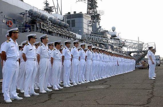 2013-04-15-20130411Japanese_sailors_jmsdf.jpg