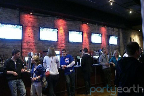 Marvelous 2013 04 16 Thecubbybear_huffpost.jpeg. Possibly The Most Classic And Famous  Of Chicago Sports Bars ...