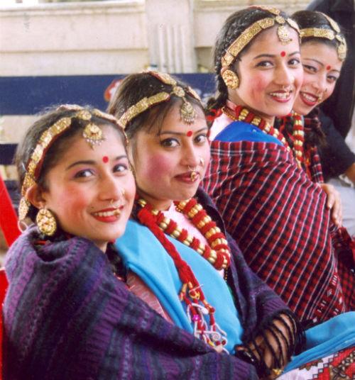 2013-04-17-NepaleseWomen.jpg