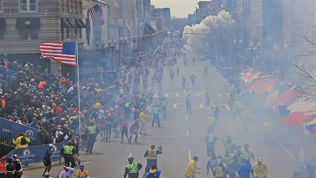 2013-04-18-bostonMarathonbombingCourtesyMSNBCNews.jpg