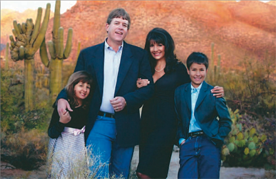 2013-04-22-RoxannaGreenfamily400.png