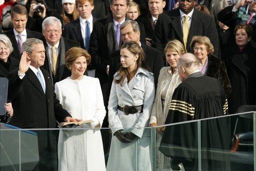 2013-04-23-George_W._Bush_inauguration.jpeg