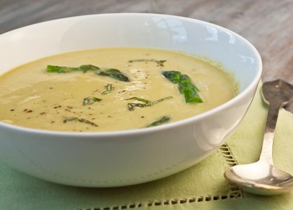 Creamless Cream of Asparagus Soup | The Huffington Post