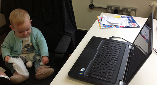 2013-04-23-niecewithlaptop.png