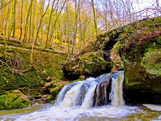 2013-04-24-Waterfall.jpg