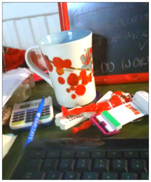 2013-05-08-Desk2.jpg