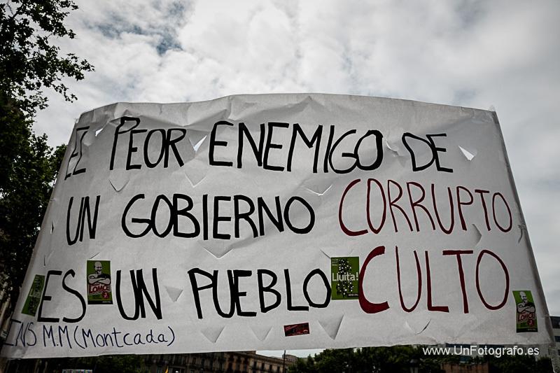 2013-05-10-ManifestacionHuelgaEducacin9M_IMG_6549.jpg