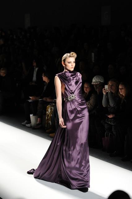 2013-05-14-VENEXIANA135.purplegown.jpeg