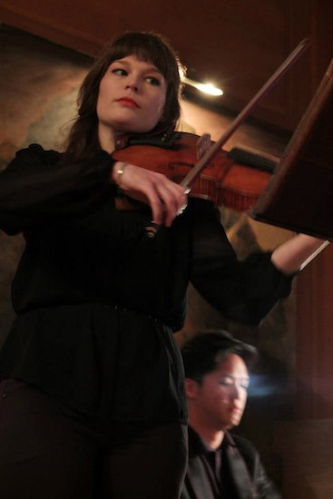 2013-05-16-10.Violist_Sarah_Niblack_pianist_Michael_Cheung__photo_by_DelphineMargau_550.jpg