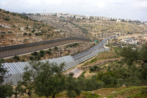 2013-05-16-p7israeliinfrastructure.jpg