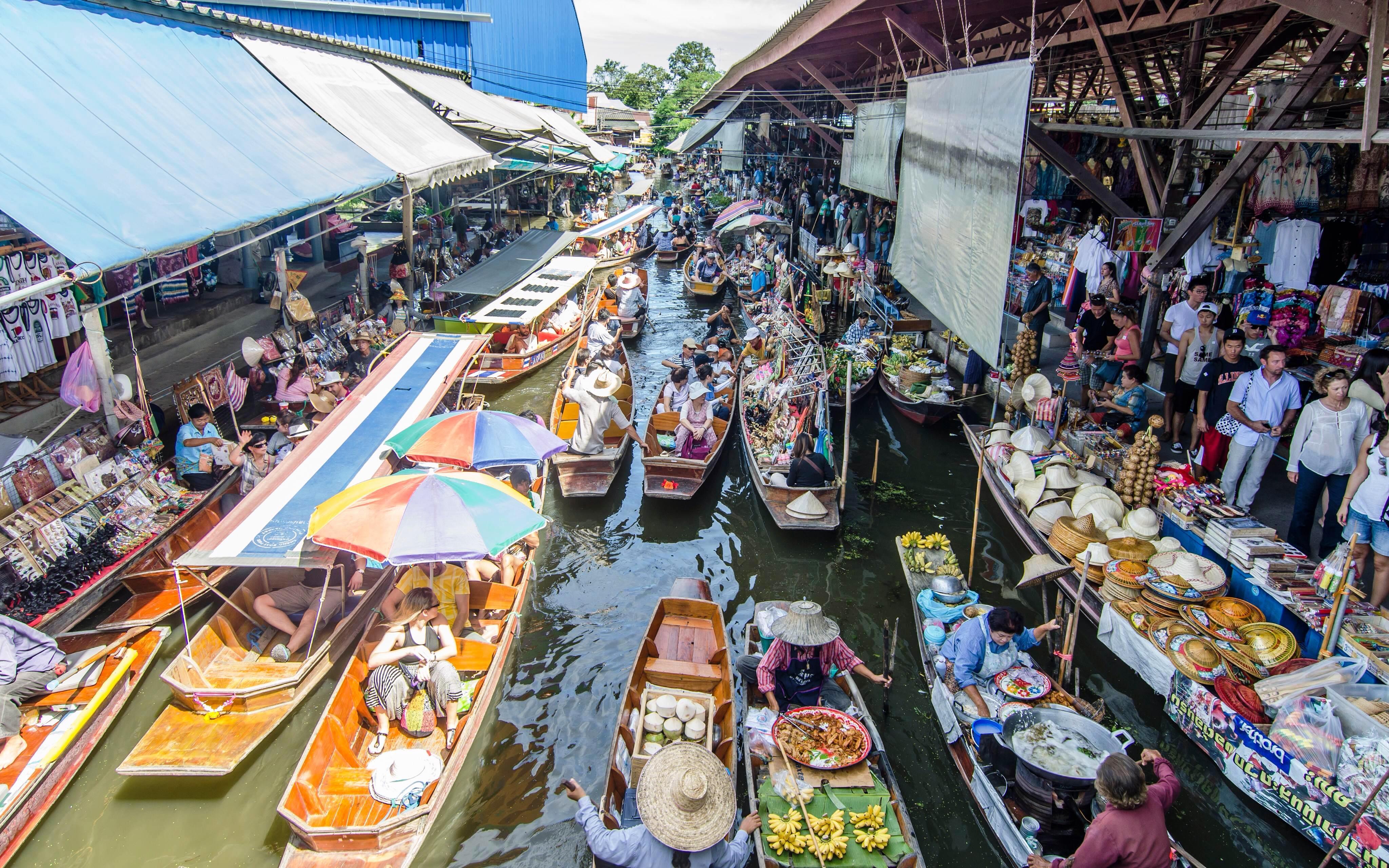 2013-05-27-BangkokFloatingMarketAlbertoS.Dosantos.jpg