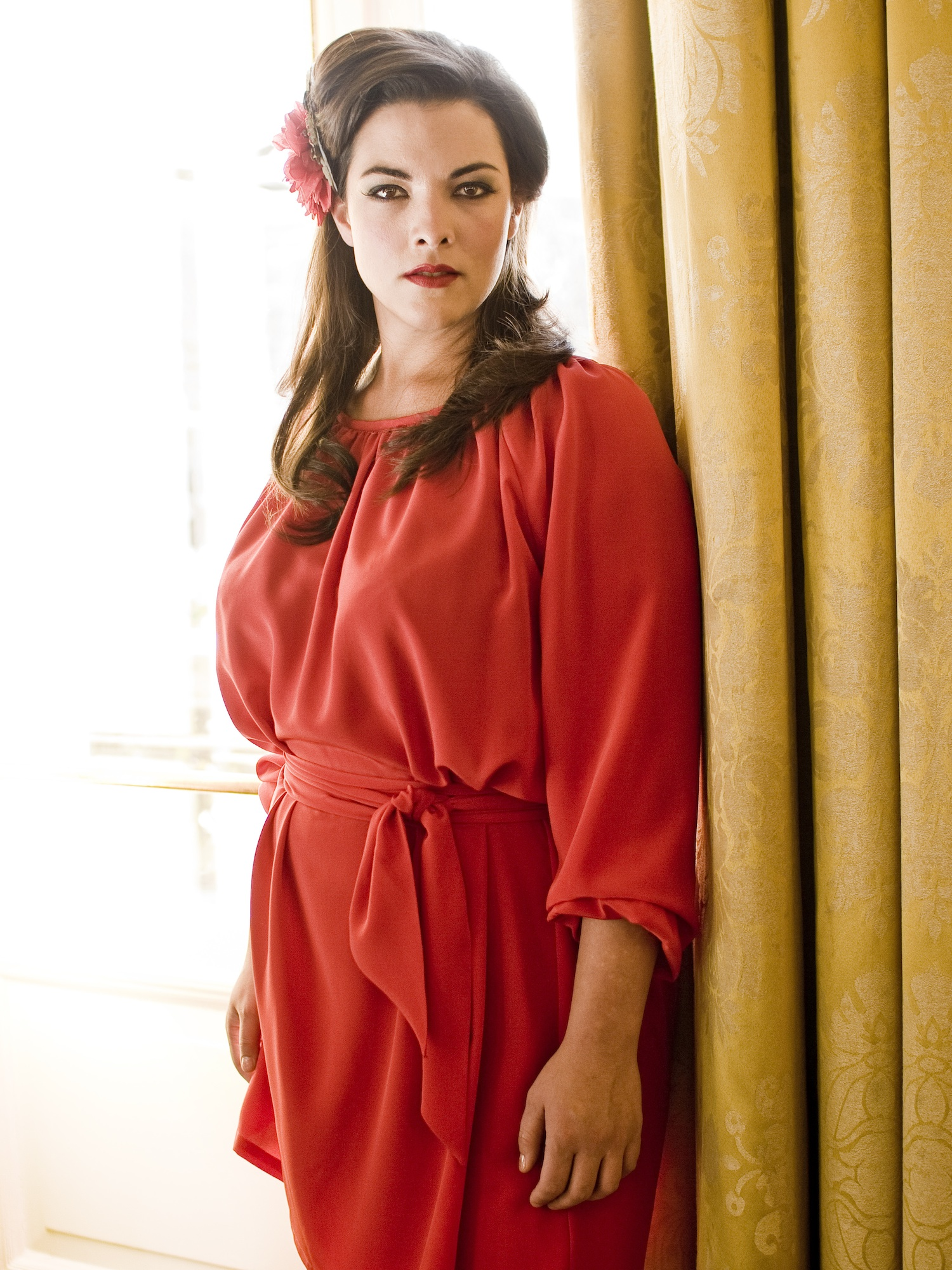 Blast From The Past Caro Emerald Shines On Stateside