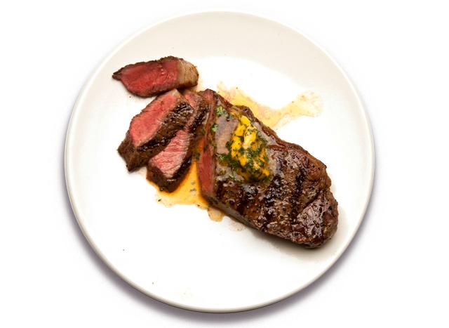 2013-06-05-steakwithhotsaucebutter640.jpg