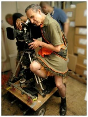 2013-06-06-directing_lk_in_dress_410.jpg