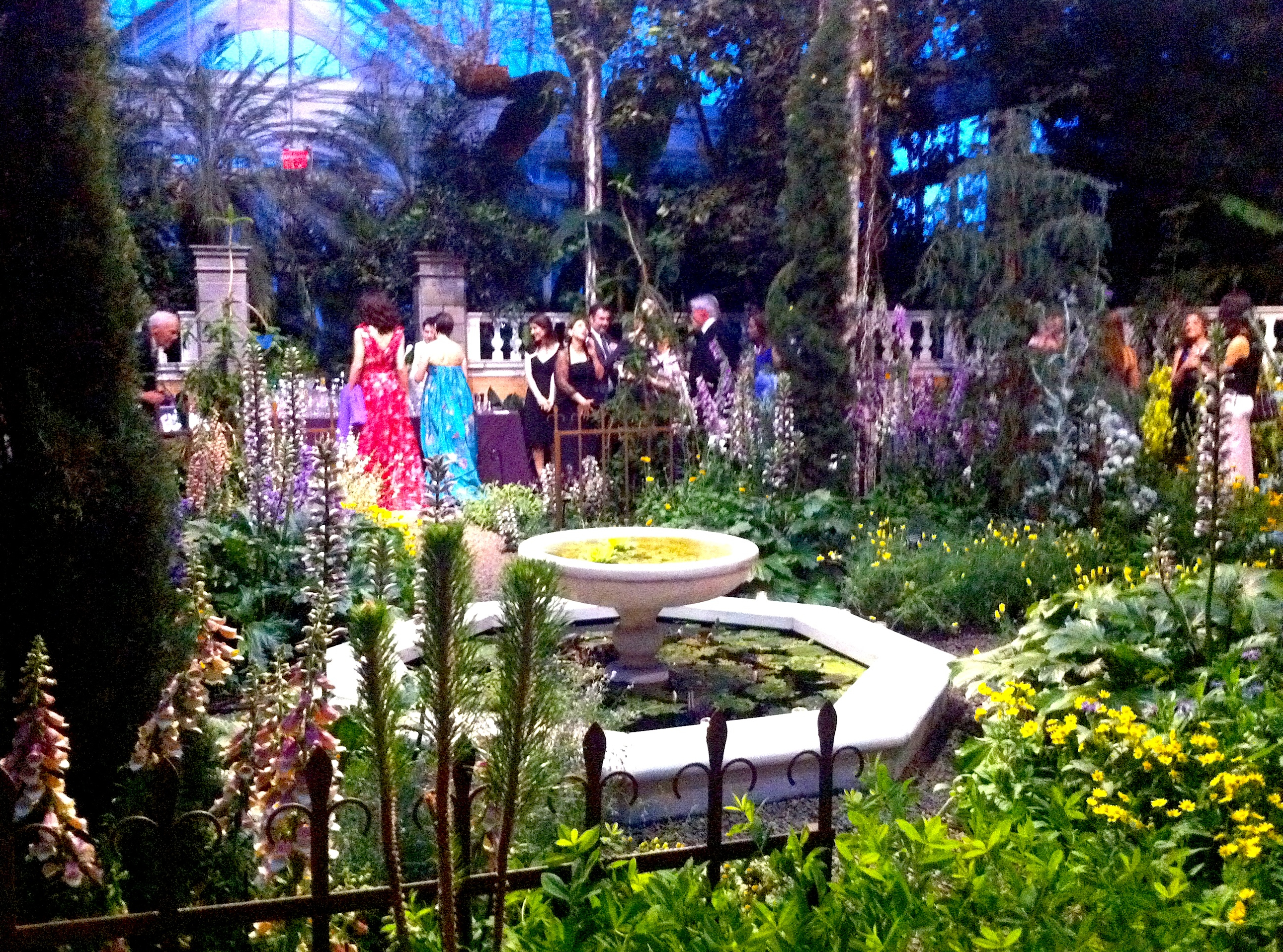 New york botanical garden conservatory ball 2013 an - New york botanical garden wedding ...