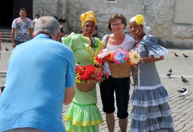 2013-06-10-Havanacigarladiesimg_2509.JPG