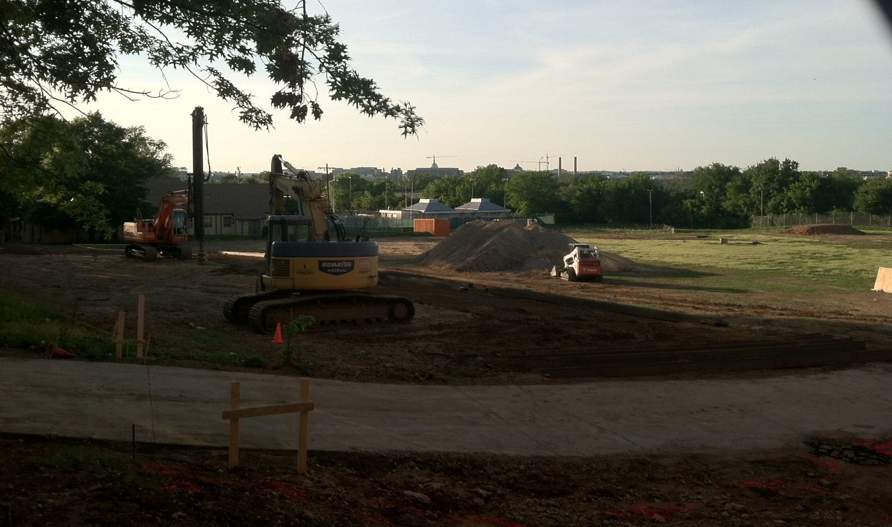 2013-06-13-Constructiononaprojected26millionrecreationcenterinBarryFarmrecentlybegan.PhotobyJohnMullerCanwehyperlinkthis.jpg