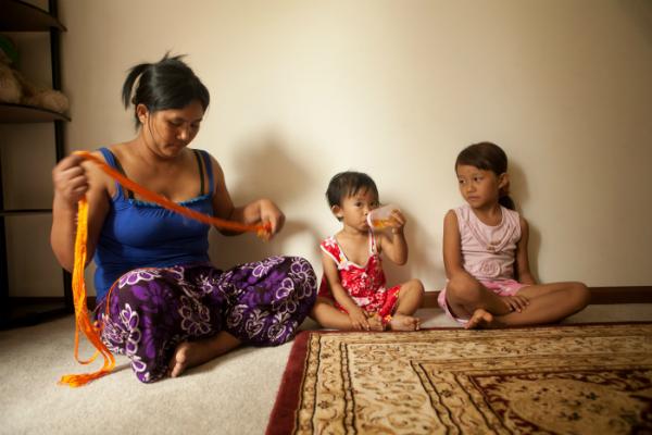 2013-06-28-refugee_family.jpg