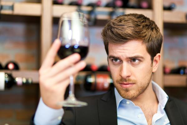 2013-07-01-winetastingman.jpg