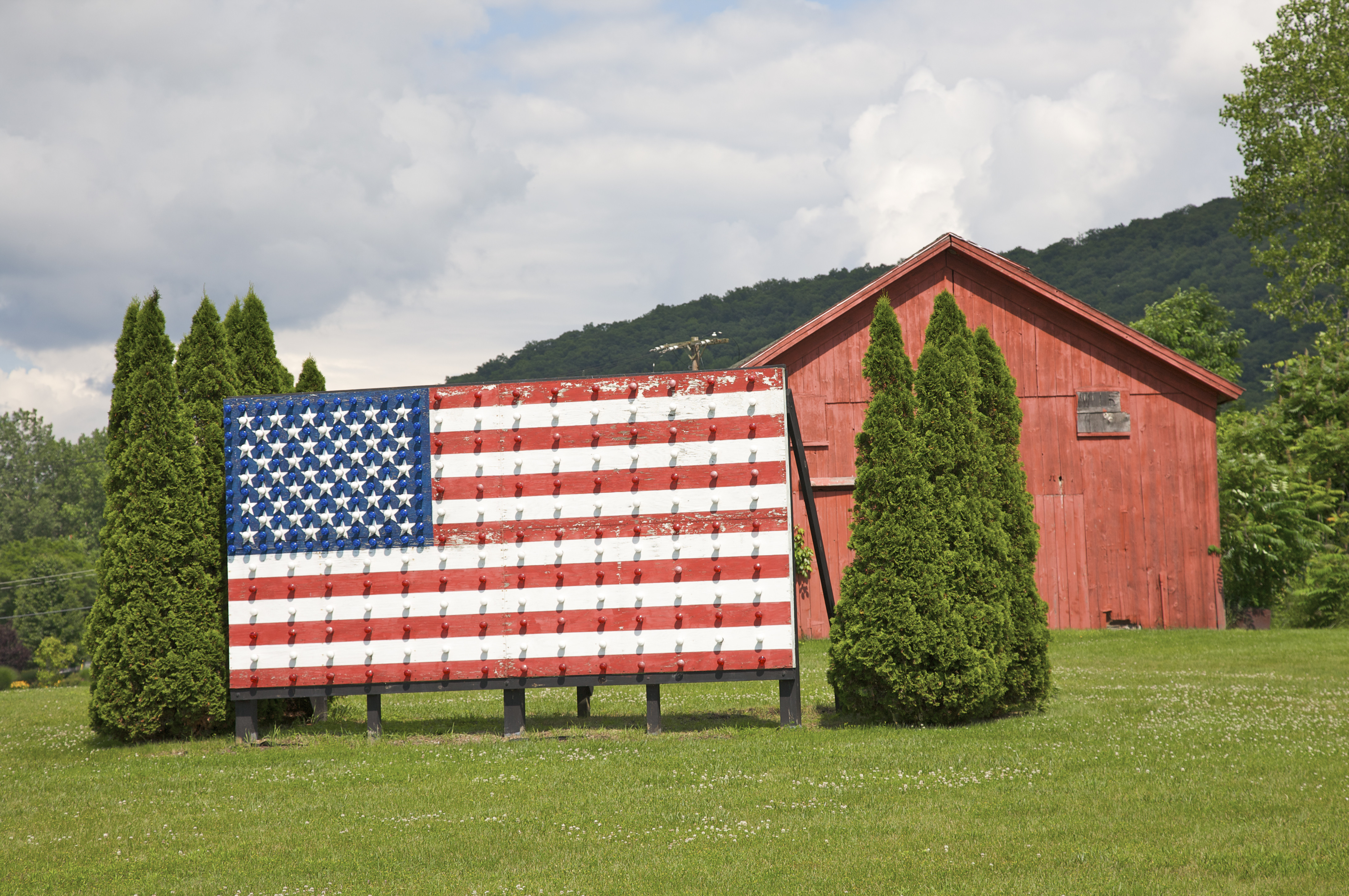 Fourth Of July Art: Ten Unconventional Flags That Make Us ... Famous American Flag Art