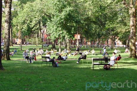 2013-07-02-HarvardSquare_Huffpost.jpeg