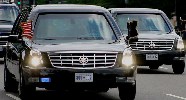 2013-07-04-motorcade.png