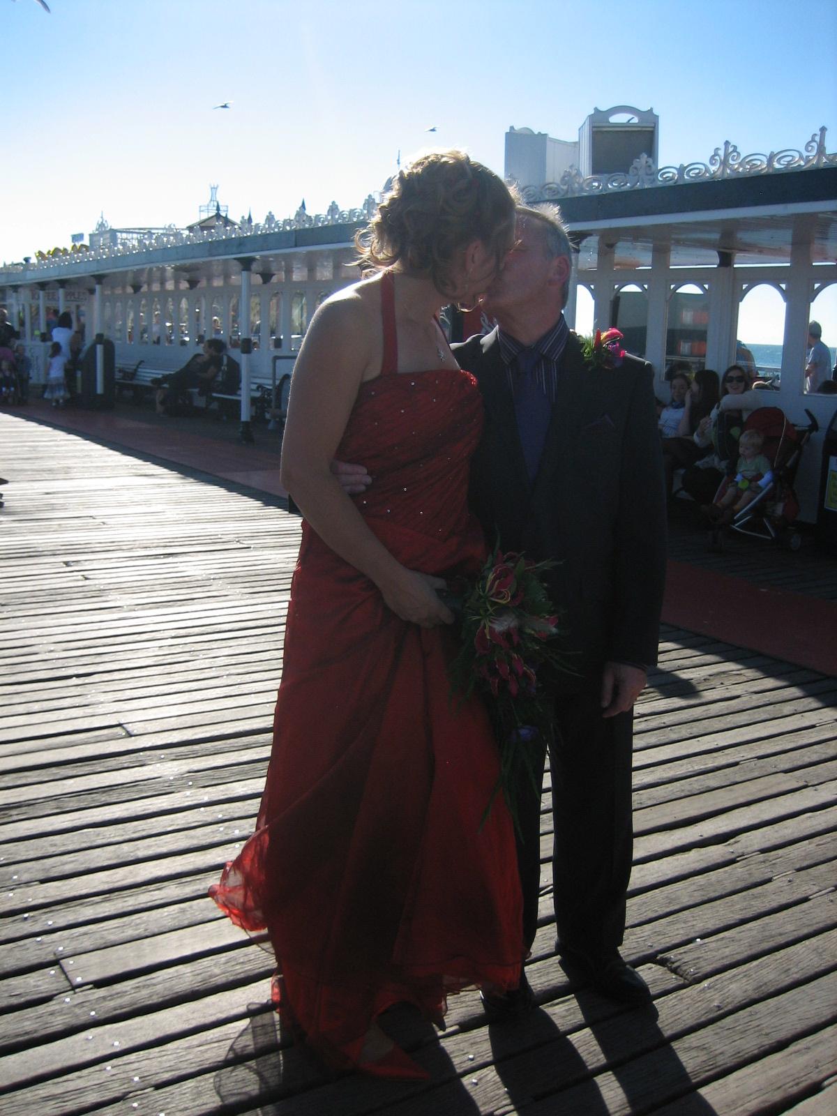 2013-07-08-Weddingkiss.jpg