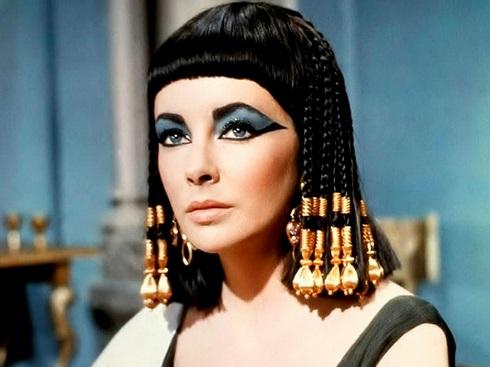2013-07-15-ElizabethTaylorCleopatra2HP.jpg