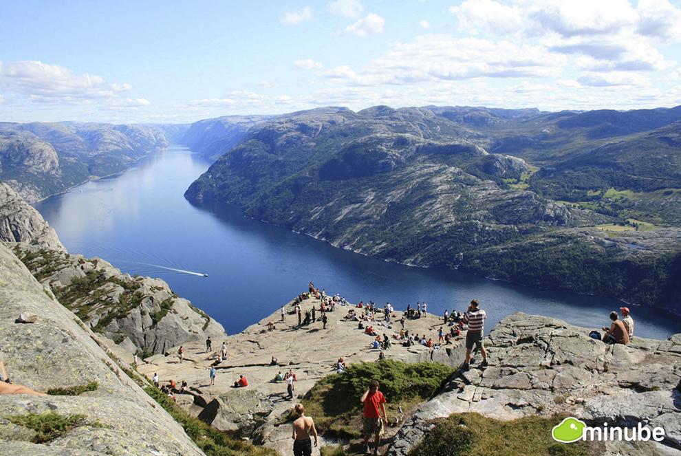 2013-07-16-NorwayAdiraneAzkuenaga.jpg