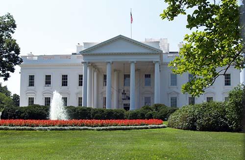 2013-07-21-WediscussedtheAmericanpresidencyAbuFadil.jpg