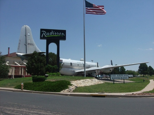 2013-07-23-AIRPLANE.jpg
