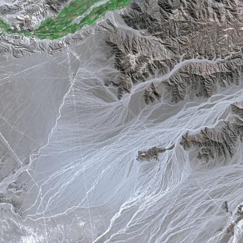 2013-07-23-Nazca_Lines_SPOT_1311.jpg