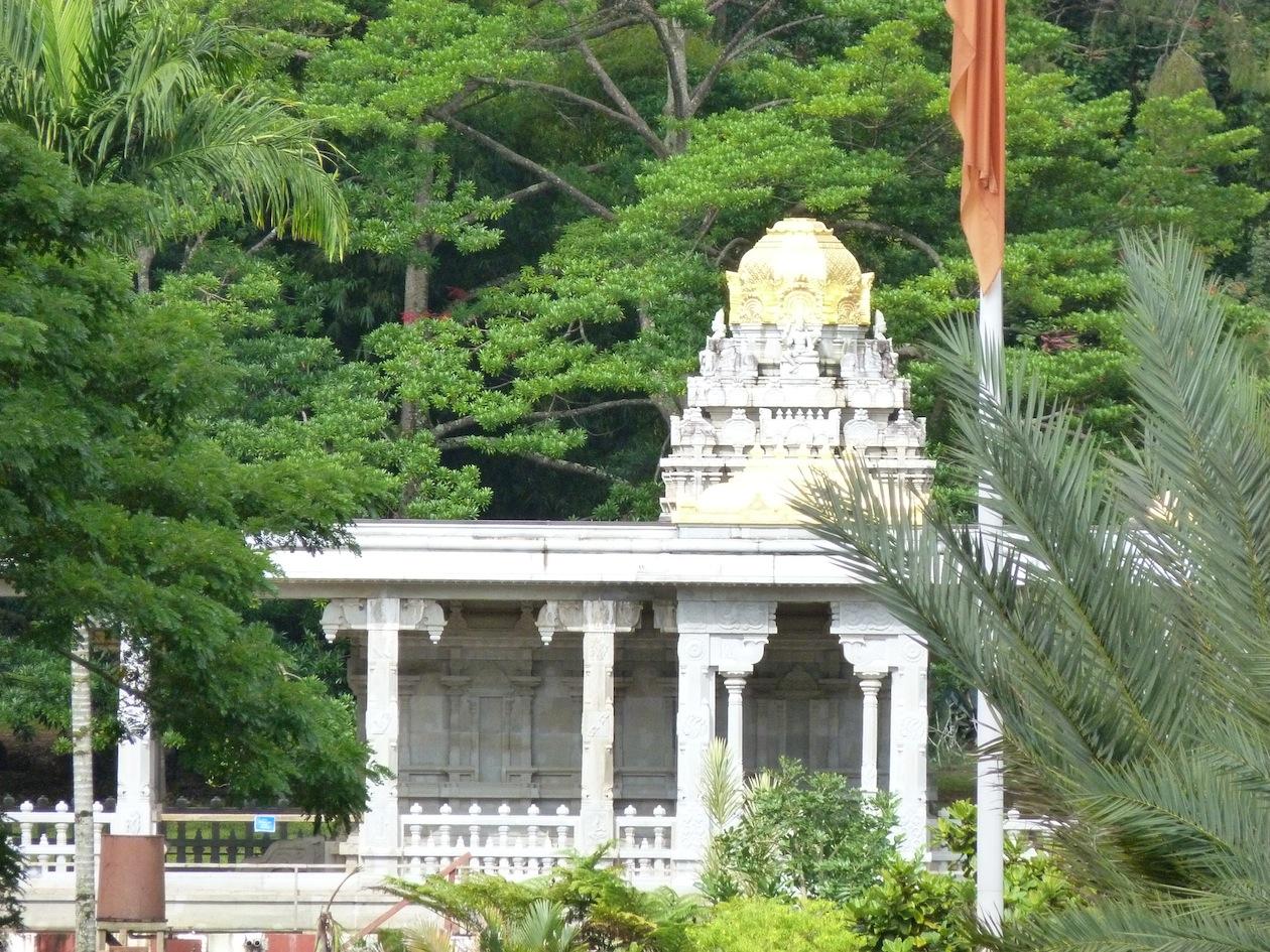 2013-07-24-HinduTempleKauai.JPG