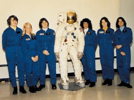 2013-07-24-NASAAstroClass1978Women.jpg