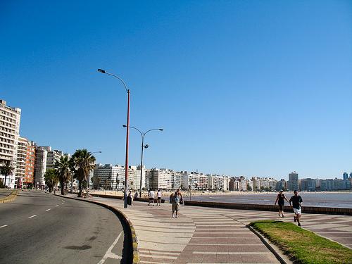 2013-07-30-MontevideoUruguaybyIL.jpg