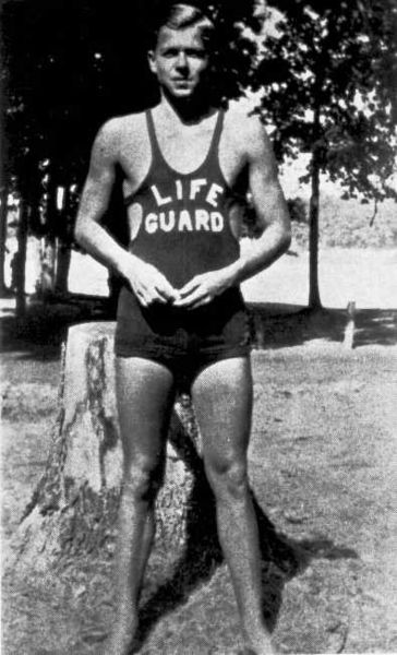 2013-07-31-364pxRonald_Reagan_as_Lifeguard_1927.jpg