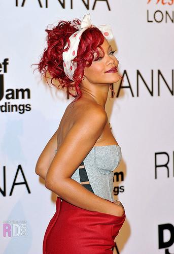 2013-08-01-RihannaRed.jpg