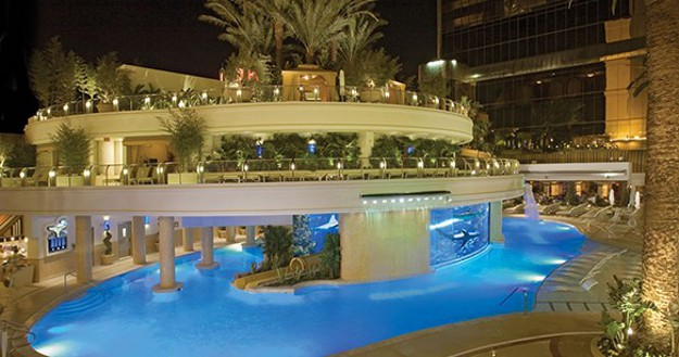 Enjoy A Summer Cool Down With The Top 10 Hottest Hotel Pools Huffpost