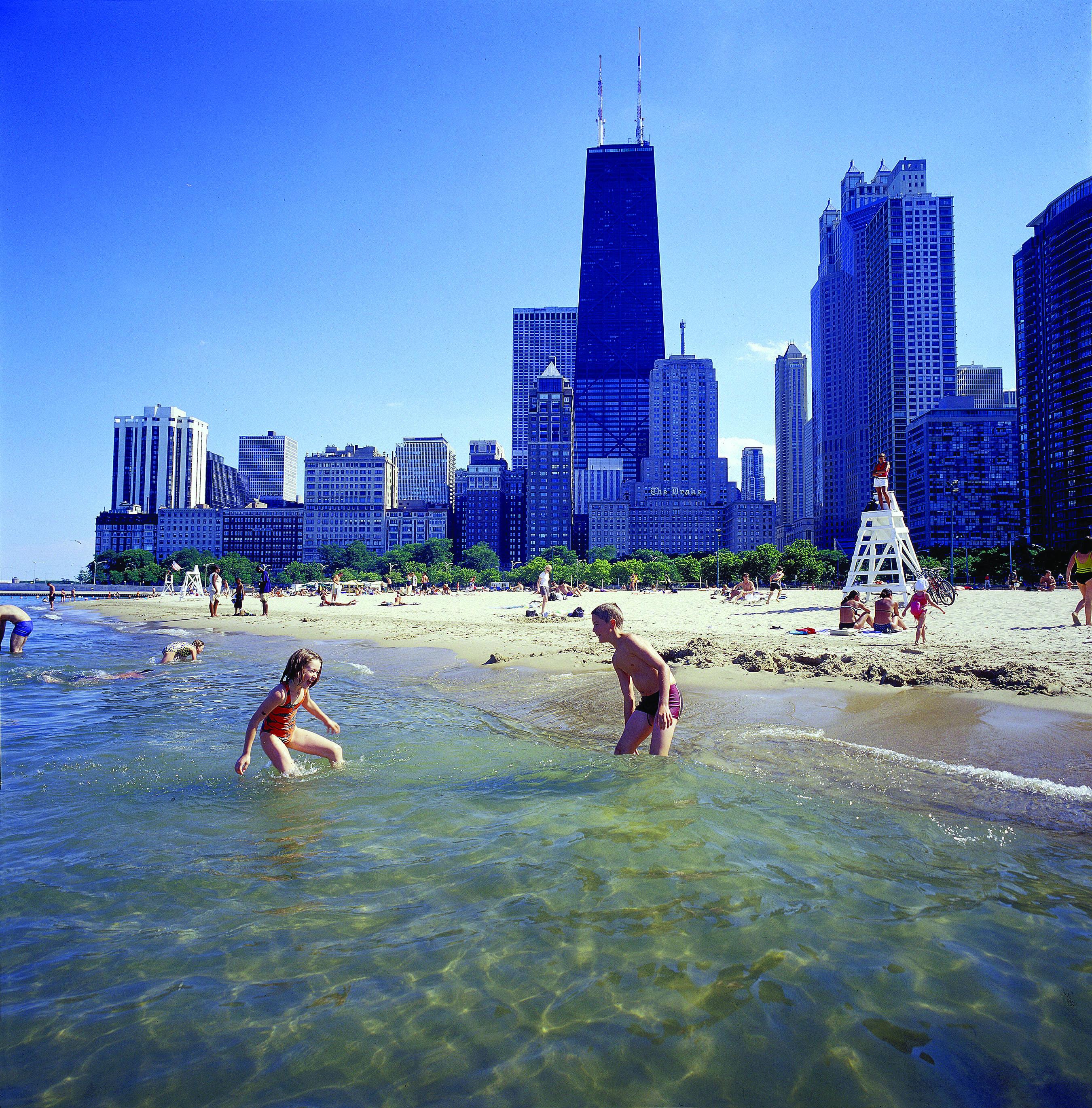 2013-08-05-ChicagoAttractions_CCTBBeachHancock22.jpg