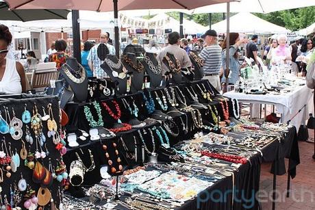 2013-08-05-EasternMarket_HuffingtonPost.jpg