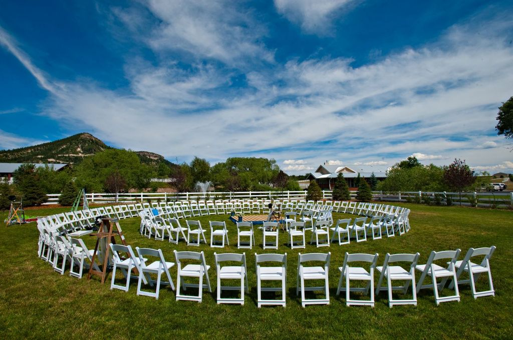 2013-08-10-CeremonySeating.jpg